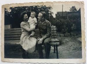 1943-ElseRenateRudi