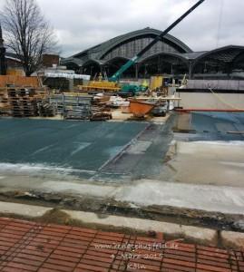2015-03-05-DOM-Baustelle
