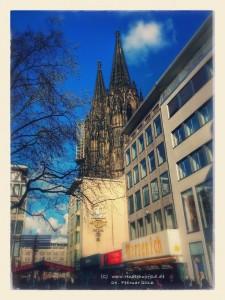 Kölner Dom vom Wallrafplatz